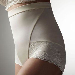NWT Hot Milk High Waist French Knicker Nude S